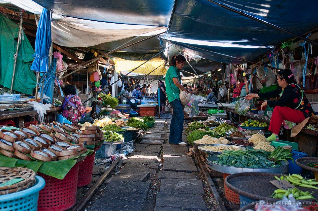Mercado de Maeklong, Bangkok_04