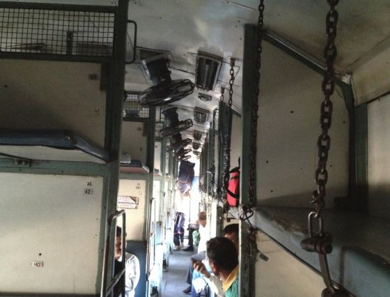 Tren India_02 Literas