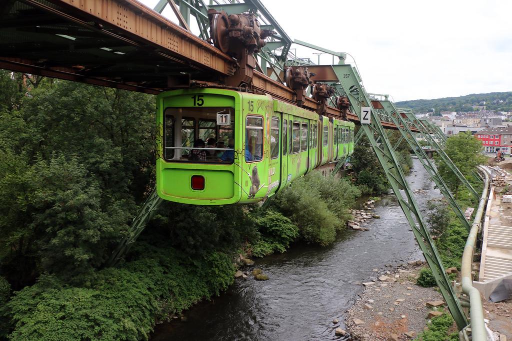 El monorrail colgante de Wuppertal_01