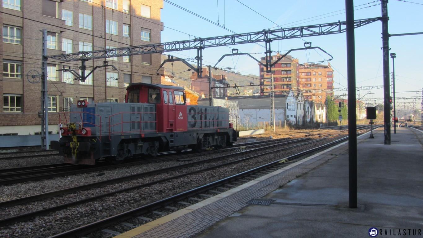 2013-01-04 Locomotra 311 Oviedo_03