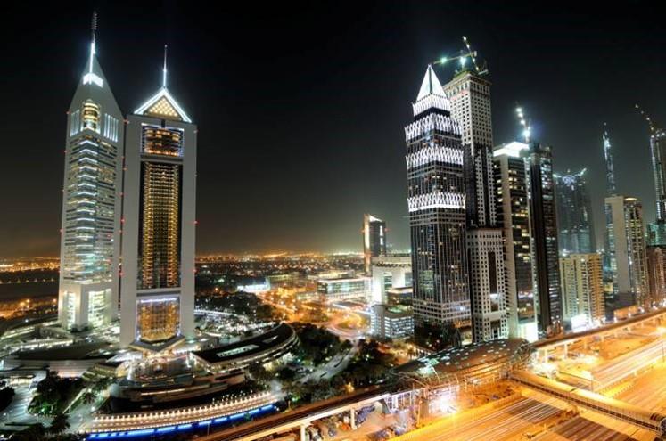 Metro Dubai_04