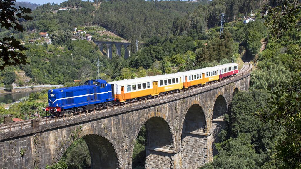 Miradouro - tren turístico Portugués_05