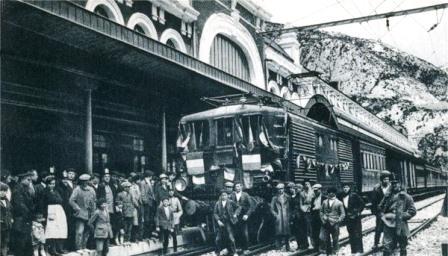 Canfranc, primer tren eléctrico